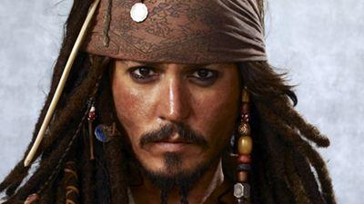 Johnny Depp, Karayip Korsanları Film Setinde Yaralandı!
