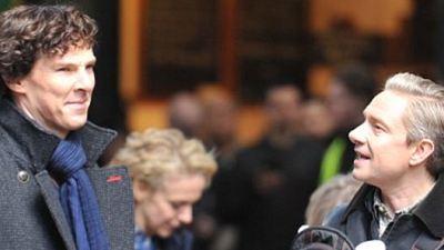 Sherlock Setinden Daha Çok Fotoğraf İster Misiniz?