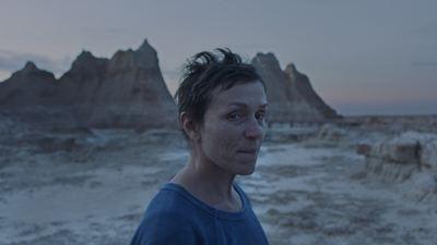 """Chloé Zhao'nun Yönettiği """"Nomadland"""", Toronto Film Festivali'nden Seyirci Ödülü Kazandı"""
