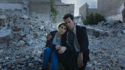 """Derviş Zaim, Yeni Filmi """"Flaşbellek"""" ile Suriye'deki Savaşı Anlatıyor"""