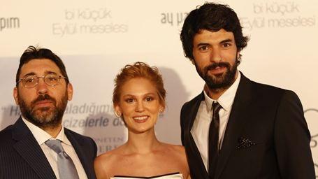 Bi Küçük Eylül Meselesi Filminden Görkemli Bir Gala!