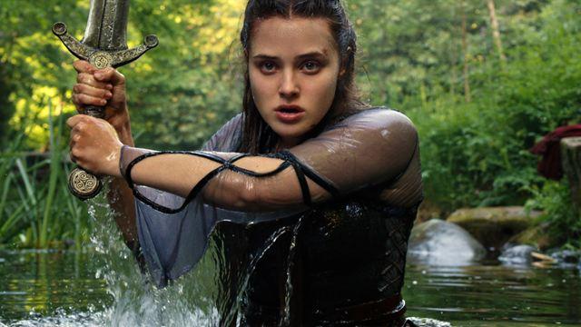 """Netflix'ten Kral Arthur Uyarlaması Geliyor: """"Cursed"""""""