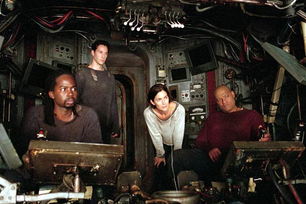 Matrix Reloaded : Fotograf Carrie-Anne Moss, Harold Perrineau, Keanu Reeves, Laurence Fishburne