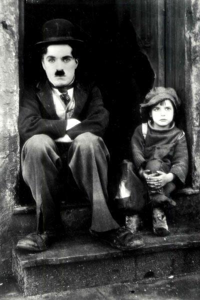 Yumurcak : Fotograf Charles Chaplin