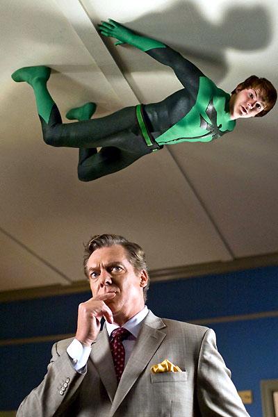 En Süper Kahraman : Fotograf Christopher McDonald, Craig Mazin, Drake Bell