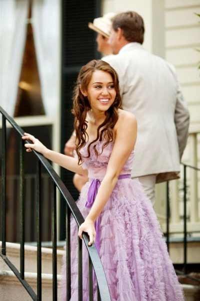 Son Sarki : Fotograf Julie Anne Robinson, Miley Cyrus