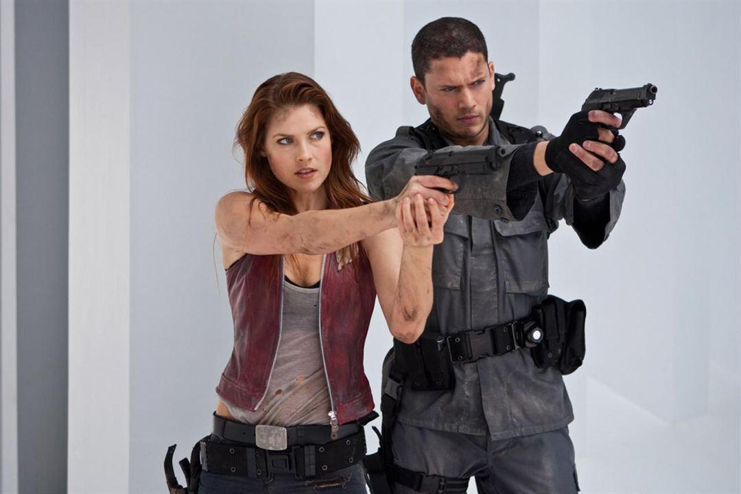 Resident Evil: Ölümden Sonra : Fotograf Ali Larter, Wentworth Miller