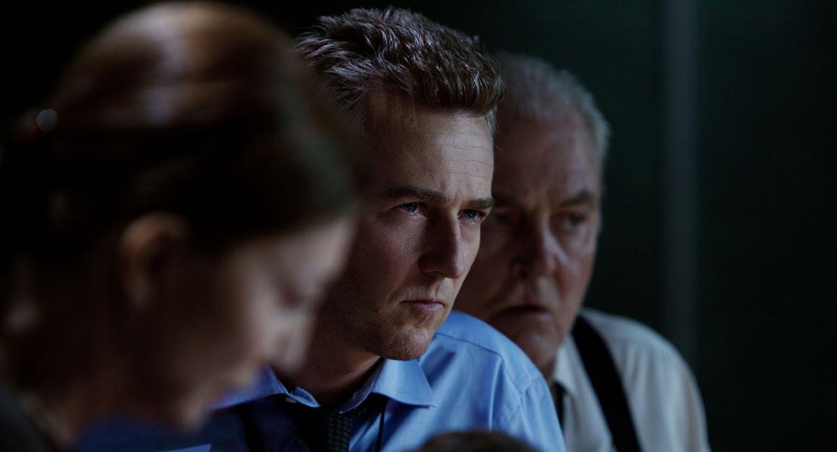 Bourne'un Mirasi : Fotograf Edward Norton