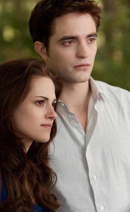 Alacakaranlik Efsanesi : Safak Vakti Bölüm 2 : Fotograf Kristen Stewart, Robert Pattinson, Stephenie Meyer