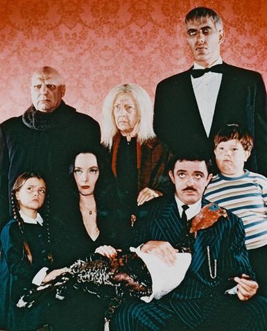The Addams Family : Fotograf Carolyn Jones, Jackie Coogan, John Astin, Ted Cassidy