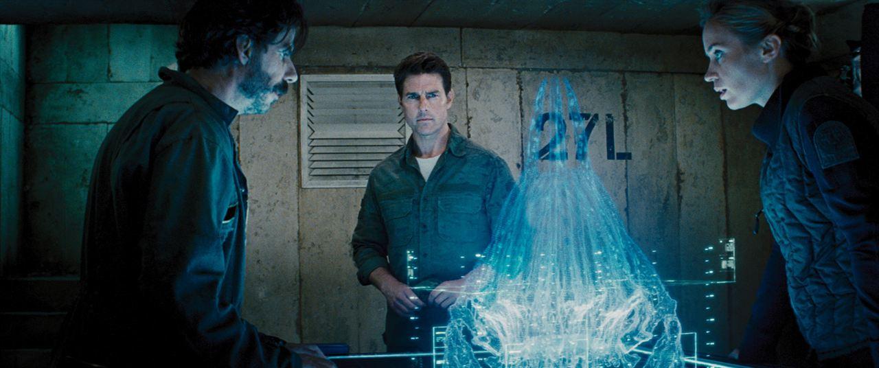 Yarinin Sinirinda : Fotograf Tom Cruise