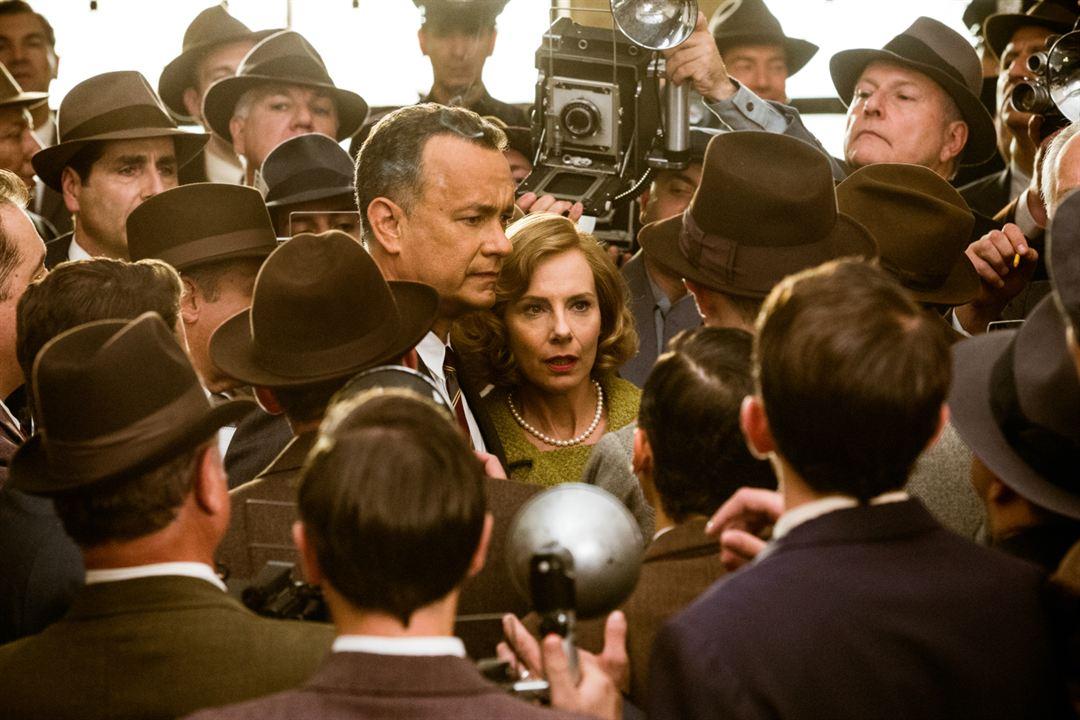 Casuslar Köprüsü : Fotograf Amy Ryan, Tom Hanks
