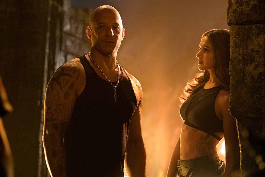 Yeni Nesil Ajan: Xander Cage'in Dönüsü : Fotograf Deepika Padukone, Vin Diesel