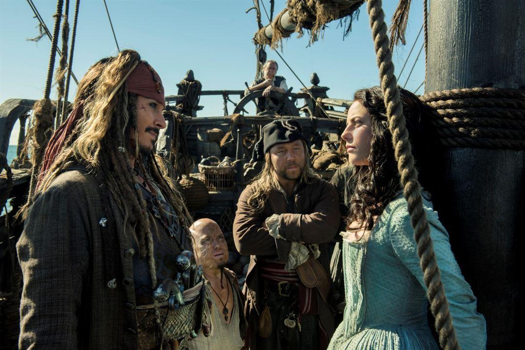 Karayip Korsanlari Salazar'in Intikami : Fotograf Johnny Depp, Kaya Scodelario, Martin Klebba, Stephen Graham