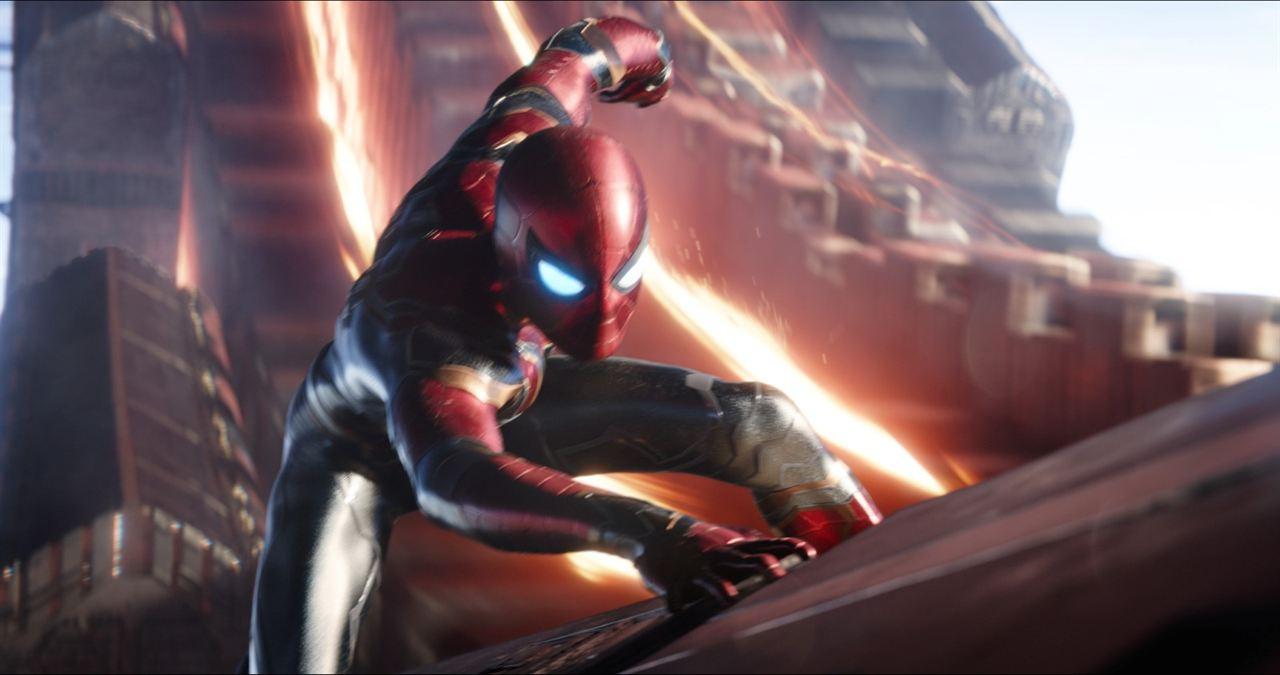 Avengers: Sonsuzluk Savasi : Fotograf Tom Holland