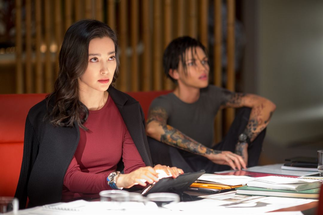 Meg: Derinlerdeki Dehset : Fotograf Bingbing Li, Ruby Rose