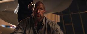 """Dwayne Johnson'lı Aksiyon """"Gökdelen""""den Yeni Poster!"""