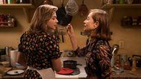 """Isabelle Huppert ve Chloë Grace Moretz'li """"Greta""""dan Yeni Poster Var!"""