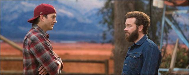 Ashton Kutcher'ın Dizisi The Ranch'ten Güzel Haber