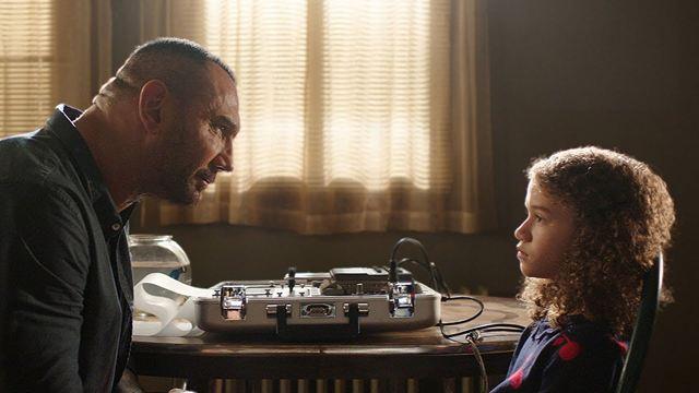 """Dave Bautista Filmi """"My Spy"""", STX'ten Amazon Prime'a Geçiyor!"""