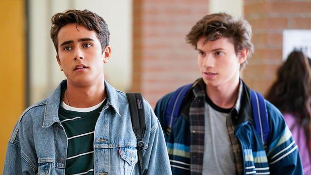 Hulu, 'Love, Victor'a Üçüncü Sezon Onayı Verdi