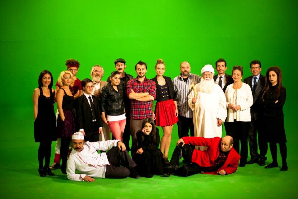 Leyla ile Mecnun : Fotograf Ahmet Mümtaz Taylan, Ali Atay, Asuman Dabak, Ayse Selen, Cengiz Bozkurt
