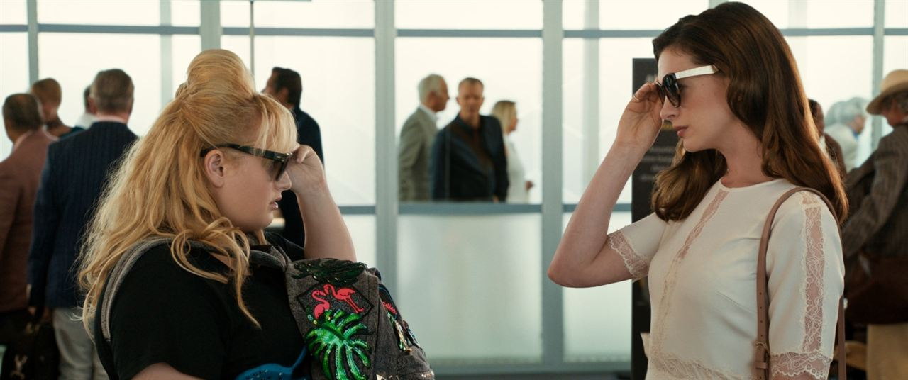 Düzenbazlar: Anne Hathaway, Rebel Wilson