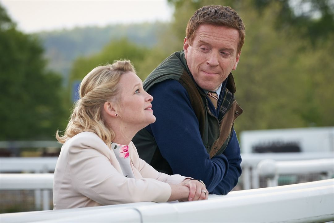 Dream Horse : Fotograf Damian Lewis, Joanna Page